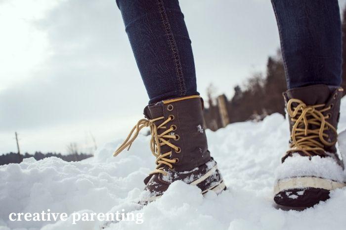 parenting hacks: winter boots