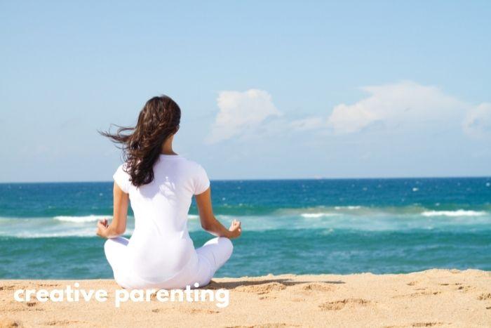 beach meditation for mindful parenting